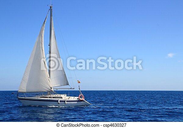 beau, bleu, voile, voilier, nautisme, méditerranéen - csp4630327