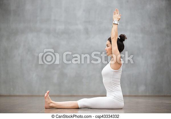 beau dandasana yoga pose personnel beau pose mur