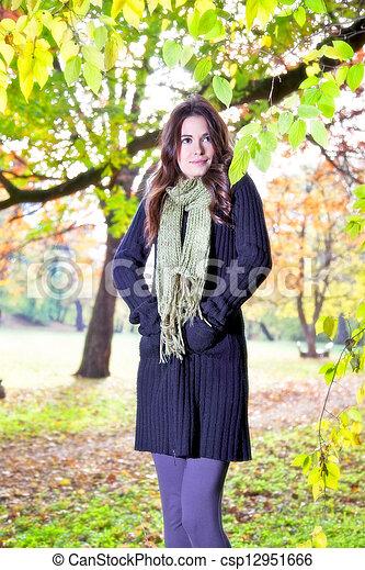 beau, ensoleillé, girl, parc, jour - csp12951666