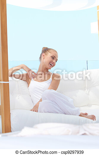 beau, femme souriante, vif - csp9297939
