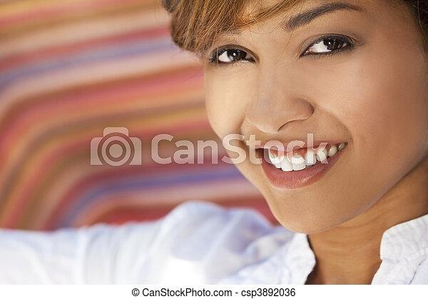beau, parfait, femme, course, dents, mélangé, sourire - csp3892036