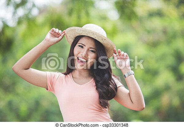 Beau, porter, femme, parc, jeune, asiatique, chapeau, rond. Beau ...