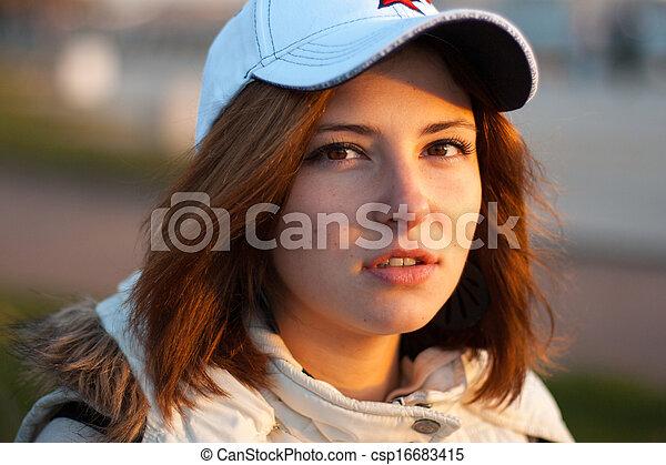 beau, portrait, femme, jeune - csp16683415