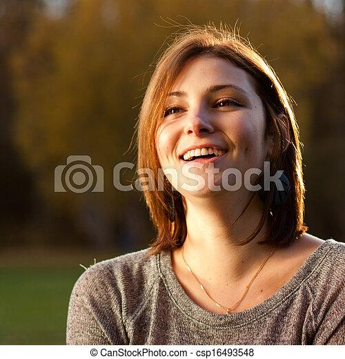 beau, portrait, femme souriante, jeune - csp16493548
