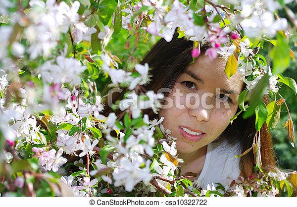 beau, portrait, girl, fleurs - csp10322722