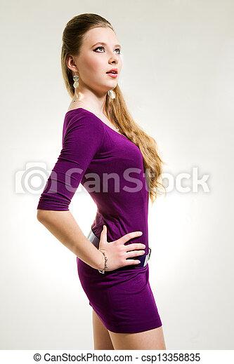 beau, pourpre, girl, robe - csp13358835