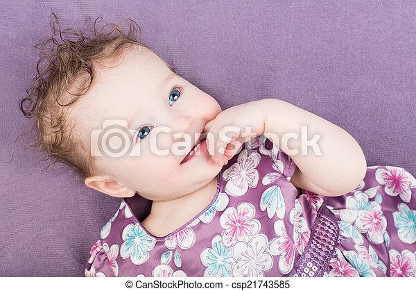 beau, pourpre, peu, robe, girl - csp21743585