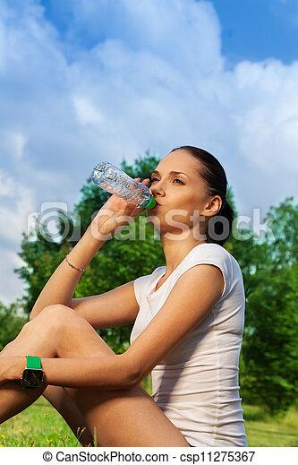beau, reposer, eau potable, joggeur - csp11275367