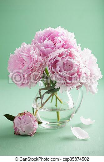 beau rose pivoine bouquet vase fleurs photographie de stock rechercher des images et des. Black Bedroom Furniture Sets. Home Design Ideas