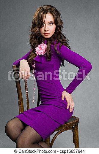 beau, séance, pourpre, girl, robe, chaise - csp16637644