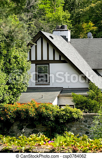 Beauitiful Historic Home - csp0784062