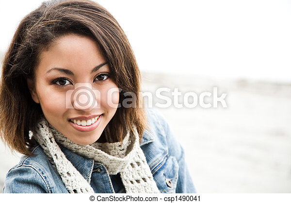 Beautiful african american woman - csp1490041