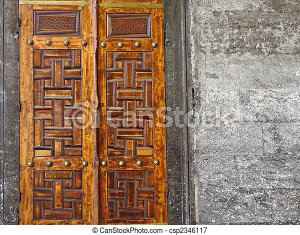 Beautiful antique doors. Beautiful heavy wooden doors at the ...