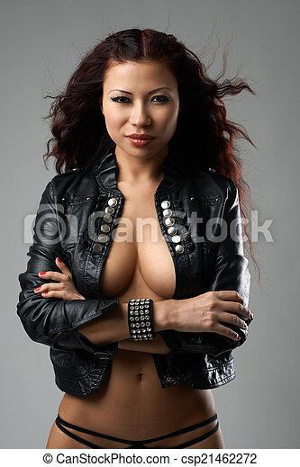 Attractive body girl fucking