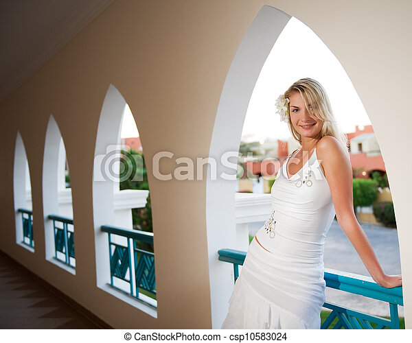 Beautiful blond woman - csp10583024