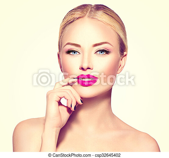 Beautiful fashion model girl with blond hair - csp32645402
