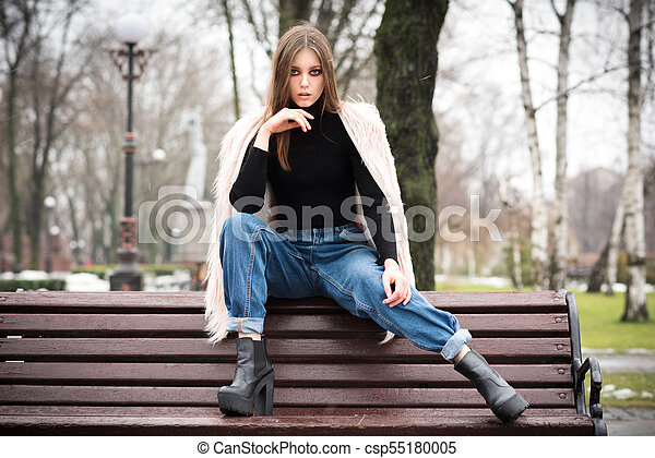Beautiful girl in casual clothes - csp55180005