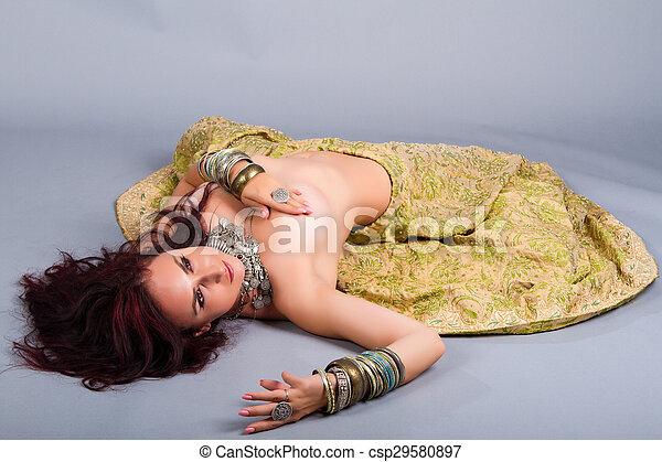 Beautiful girl  - csp29580897
