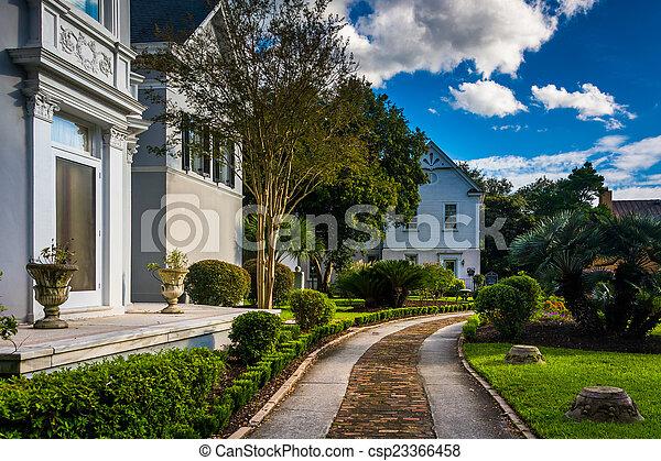 Beautiful house and garden in Charleston, Florida. - csp23366458