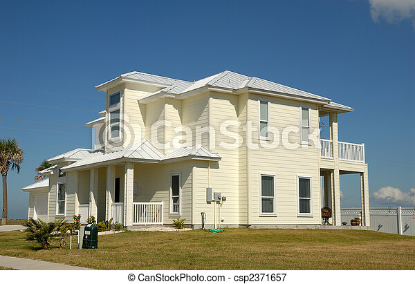 Beautiful house in the southern United States - csp2371657