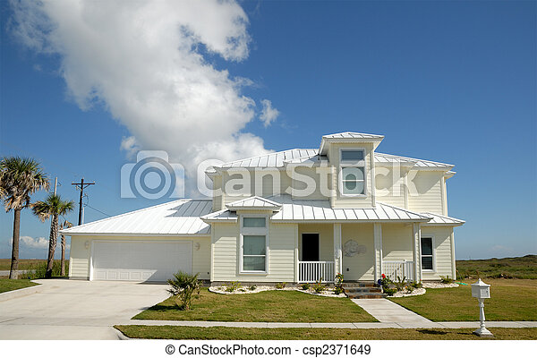 Beautiful house in the southern United States - csp2371649