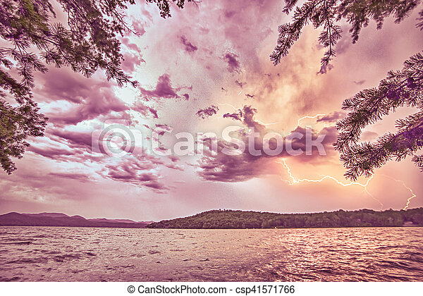 beautiful landscape scenes at lake jocassee south carolina - csp41571766