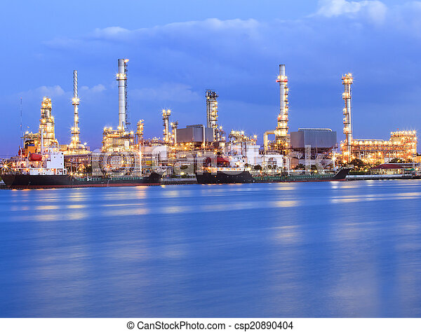 beautiful lighting of oil refinery  - csp20890404