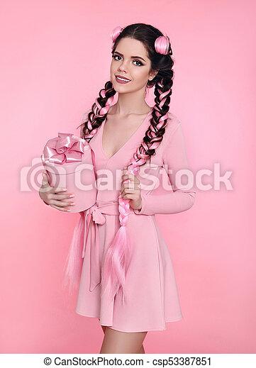 pink Pretty teen