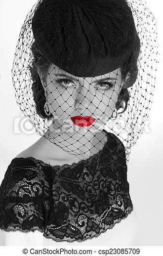 Beautiful retro woman portrait in elegant hat with red lips e239dda8adeb
