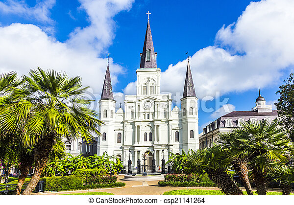 Beautiful Saint Louis Cathedral in the French Quarter in New Orl - csp21141264