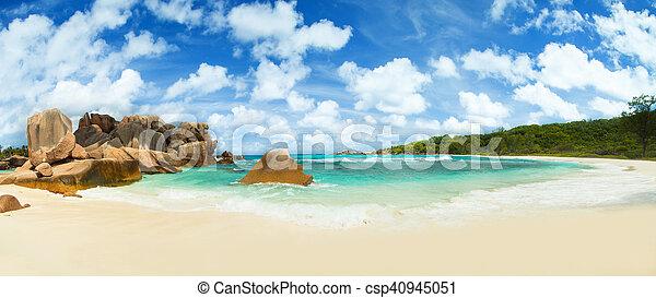 Beautiful Seychelles beach at La Digue - csp40945051