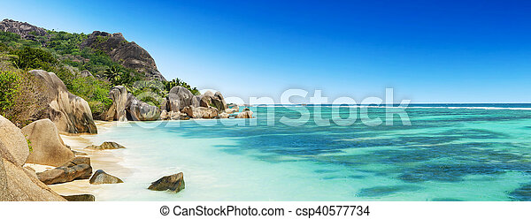 Beautiful Seychelles beach at La Digue - csp40577734