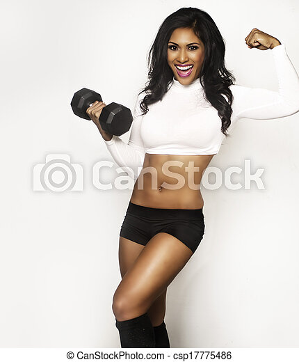Beautiful smiling fitness woman - csp17775486