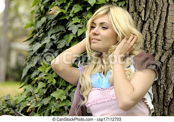 Beautiful smiling young woman portrait outdoor. - csp17112703