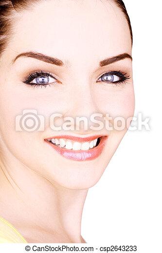 Beautiful smiling young woman - csp2643233
