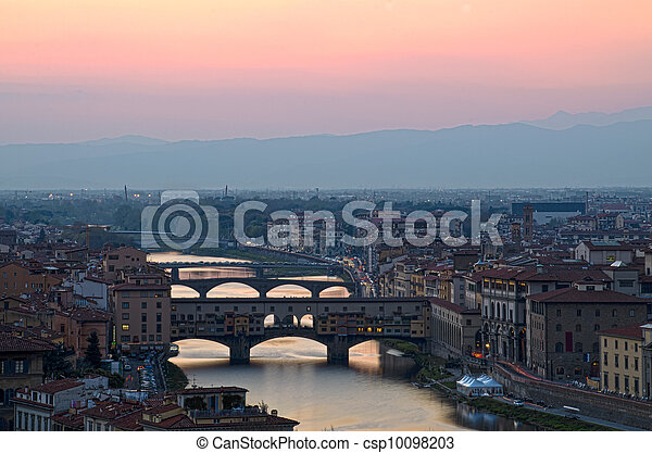 Beautiful sunset over the river Arno in Florence, Italy, - csp10098203