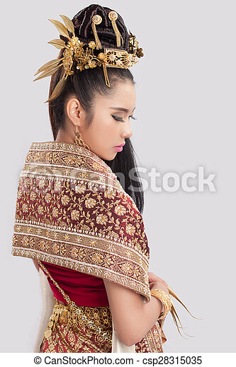 Beautiful Thai Woman In Traditional Dress Of Thailand Stock Photos