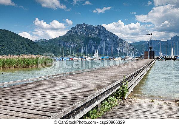Beautiful Traunsee lake in Austria - csp20966329