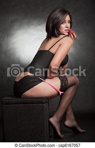 Beautiful twenties hispanic woman - csp6167057