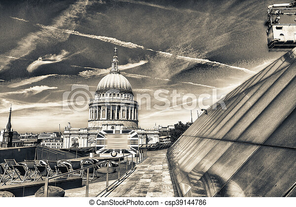 Beautiful view of St Paul Cathedral in London - csp39144786