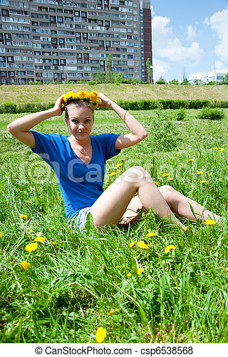 Beautiful woman in a city park - csp6538568