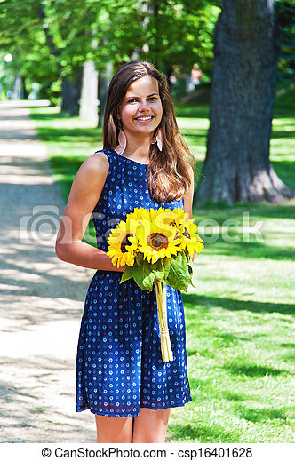 beautiful woman - csp16401628