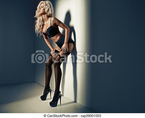 Beautiful  woman wearing sexy lingerie - csp39001003