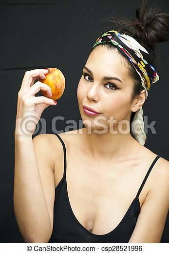 Beautiful  Woman With An Apple - csp28521996