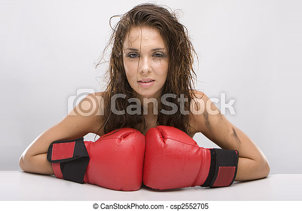 Beautiful woman with red boxing gloves - csp2552705