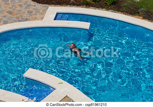 Beautifully swimming pool - csp81961210