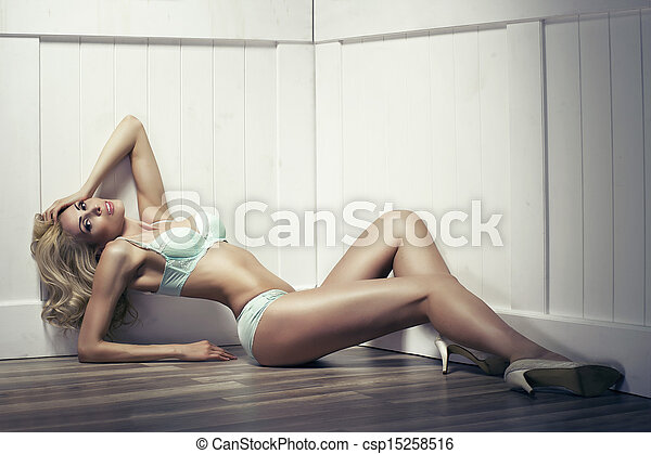 Beauty alluring young woman in sexy lingerie - csp15258516