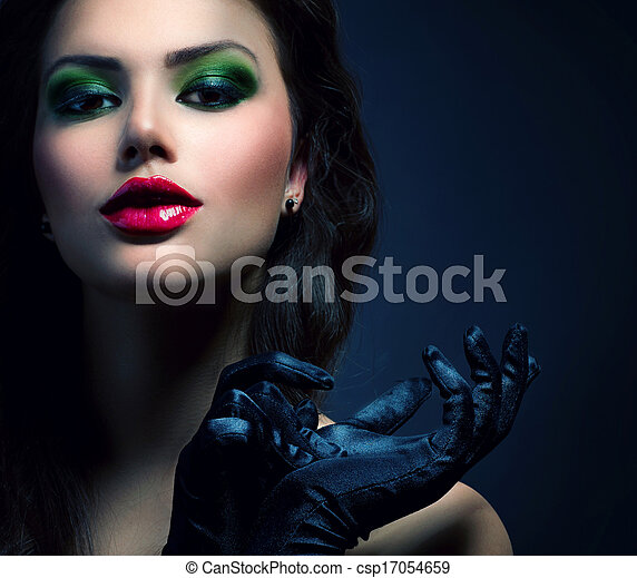Beauty Fashion Glamour Girl. Vintage Style Model Wearing Gloves - csp17054659