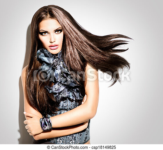 Beauty Fashion Model Girl Portrait. Vogue Style Woman - csp18149825