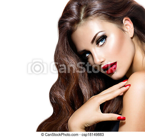 Beauty Model Woman with Long Brown Wavy Hair - csp18149883